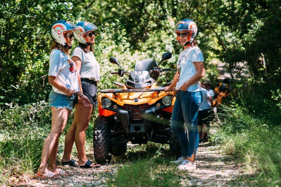 Koracevo AWD girls at tour